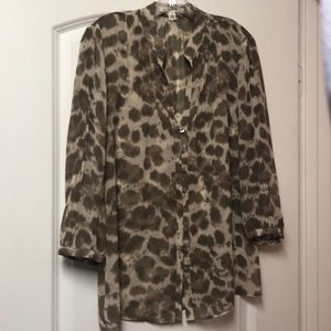 Banana Republic leopard print blouse